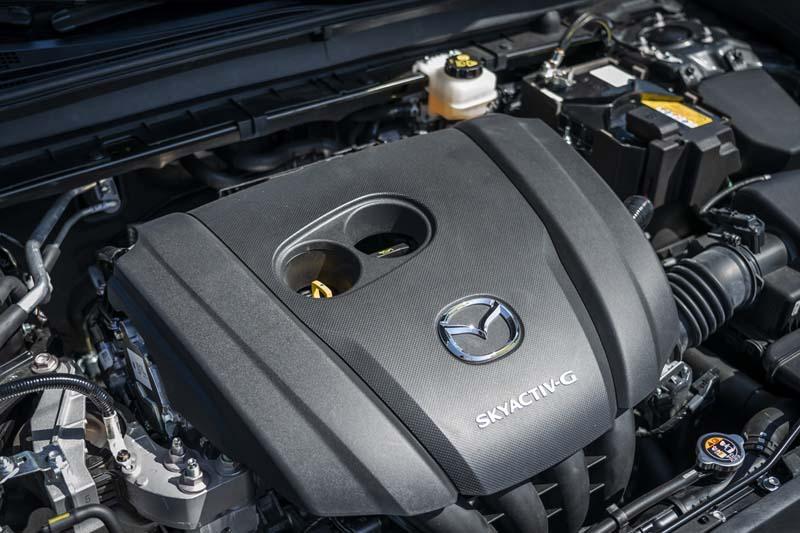 Mazda CX-30, foto motor skyactiv