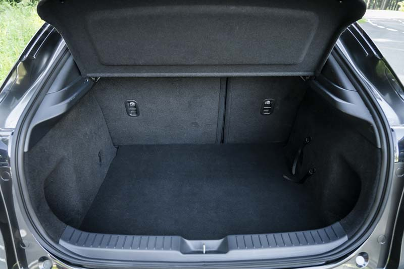 Foto Interiores Mazda Cx 30 Suv Todocamino 2019
