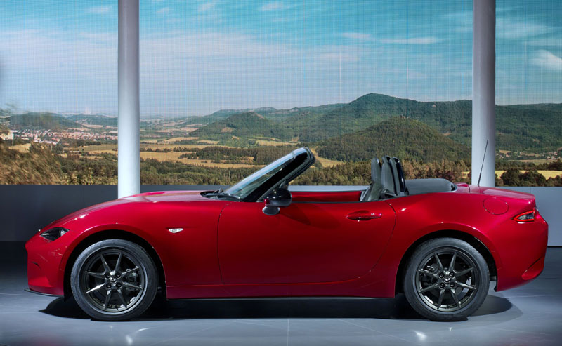 Foto Lateral Mazda Mx 5 Descapotable 2015