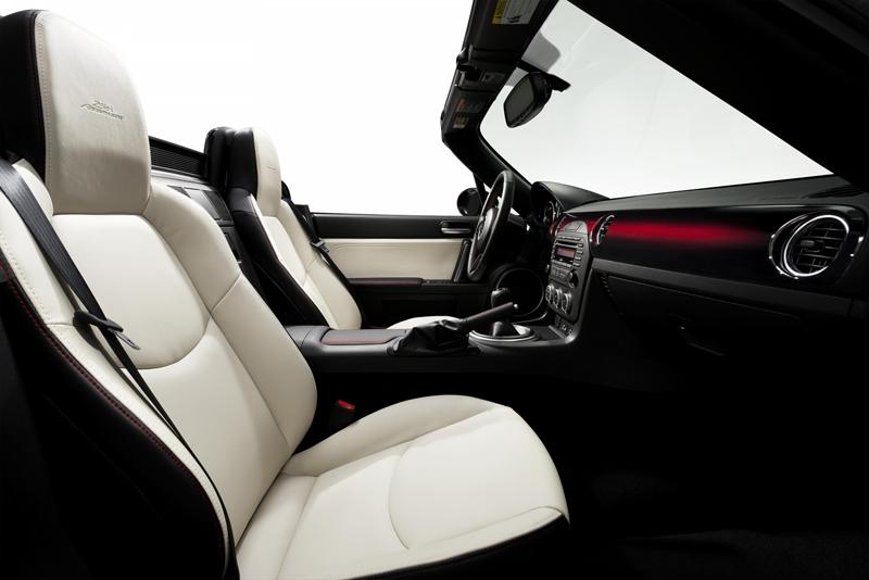Foto Interior Mazda Mx 5 25aniversario Descapotable 2014