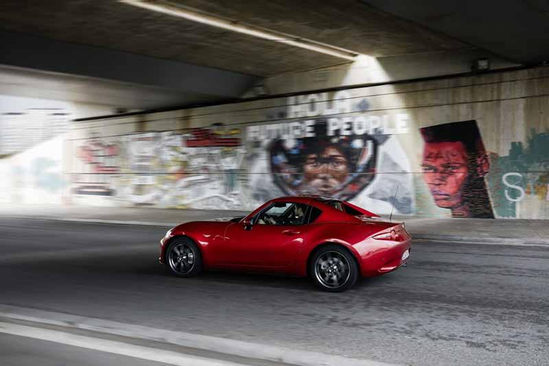 Foto Exteriores Mazda Mx 5 Rf Descapotable 2016