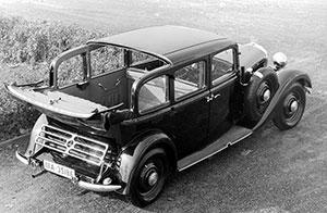 Foto Trasera Mercedes 260 Dos Volumenes 1936