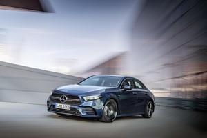 Foto Delantera Mercedes A-35-amg-4-matic Sedan 2019