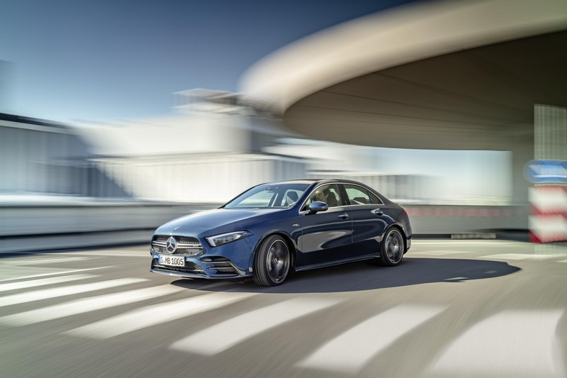 Foto Exteriores Mercedes A-35-amg-4-matic Sedan 2019
