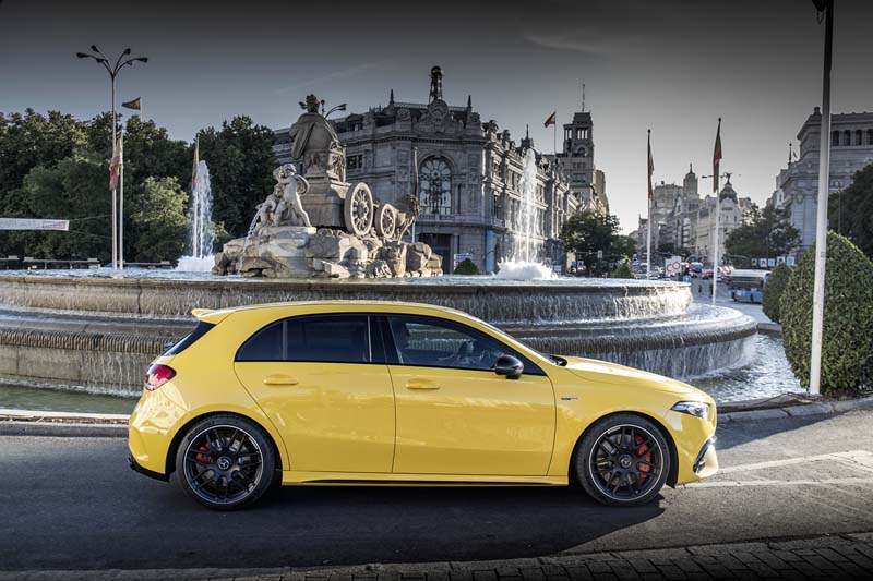 Mercedes AMG A 45 S 2019, foto lateral