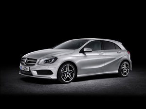 Mercedes Benz Clase A; asientos posteriores y maletero