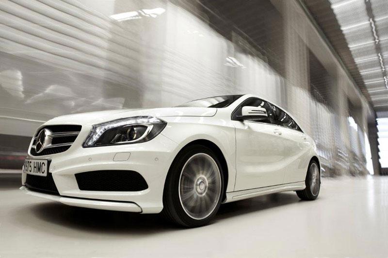 Foto Exteriores Mercedes A Class Dos Volumenes 2012