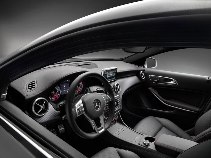 Mercedes Benz Clase A; Análisis plazas delanteras