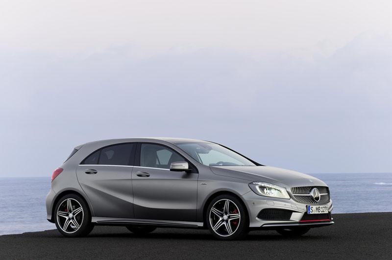 Foto Lateral Mercedes A Class Dos Volumenes 2012