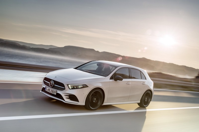Foto Exteriores Mercedes A Class Dos Volumenes 2018