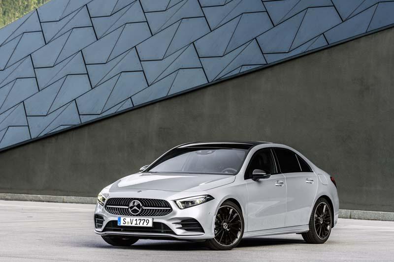Foto Delantera Mercedes A Class Sedan 2019