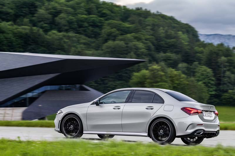 Foto Exteriores Mercedes A Class Sedan 2019