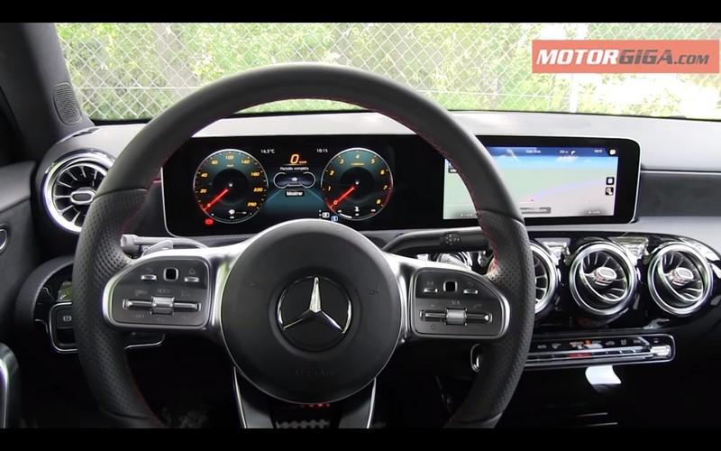 Foto Salpicadero Mercedes A Class Prueba Dos Volumenes 2018