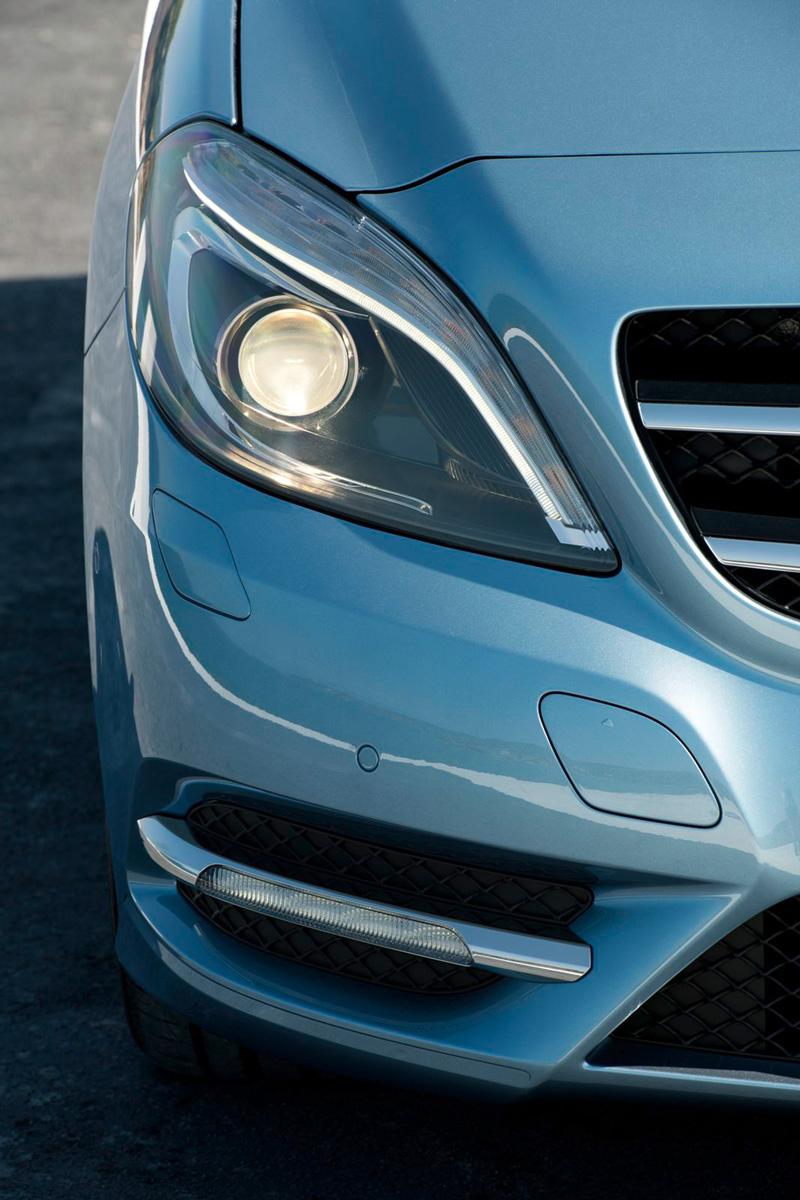Foto Detalles05 Mercedes B Class Monovolumen 2011