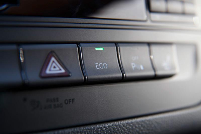 Foto Detalles60 Mercedes B Class Monovolumen 2011
