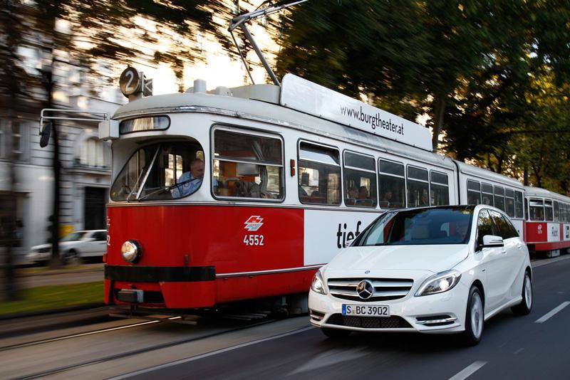 Foto Exteriores106 Mercedes B Class Monovolumen 2011