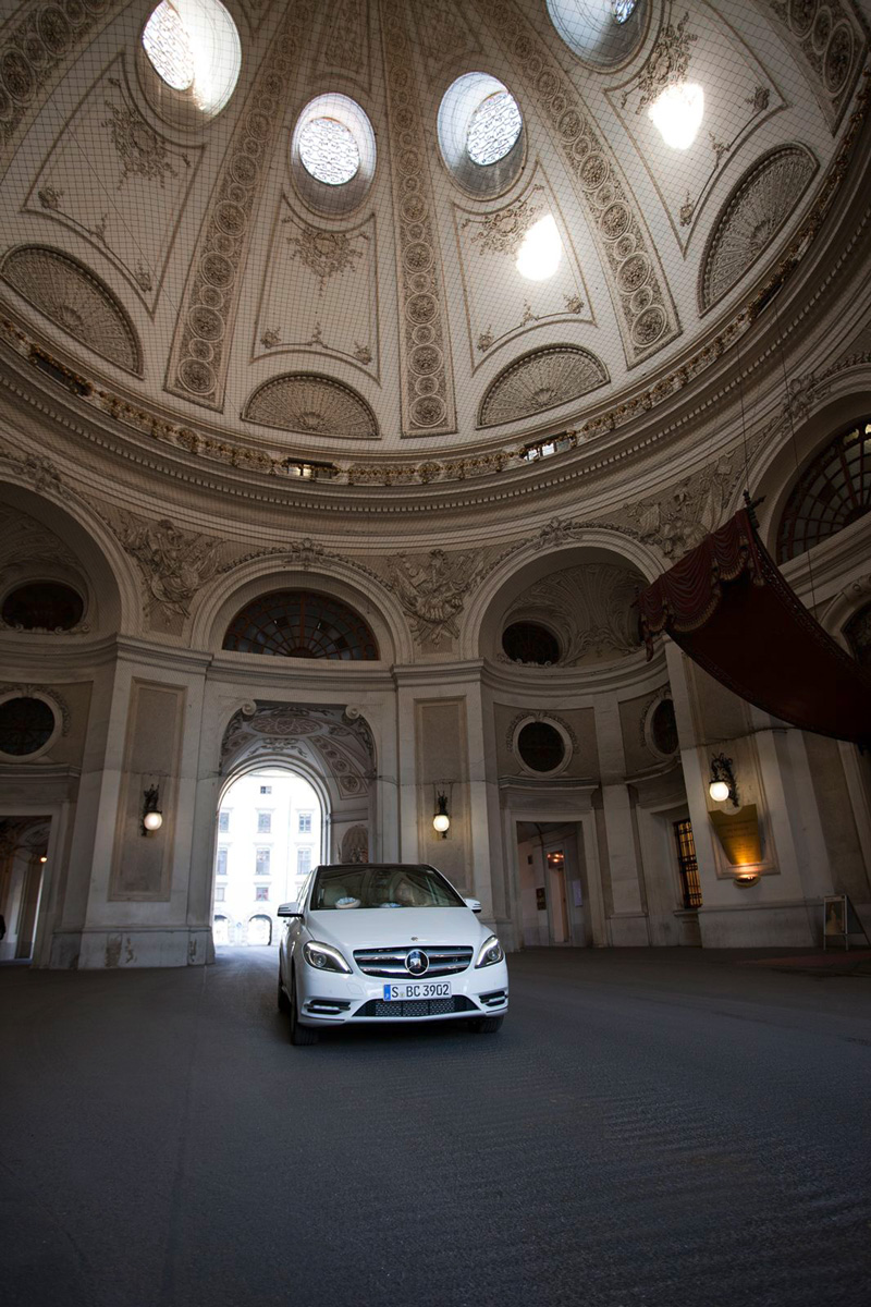 Foto Exteriores111 Mercedes B Class Monovolumen 2011