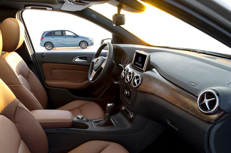 Foto Interiores02 Mercedes B Class Monovolumen 2011