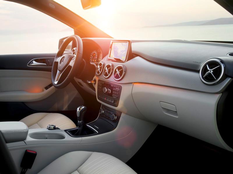 Foto Interiores05 Mercedes B Class Monovolumen 2011