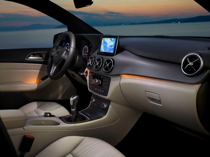 Foto Interiores06 Mercedes B Class Monovolumen 2011