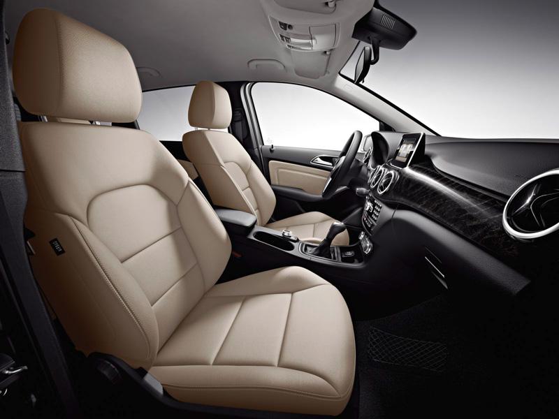 Foto Interiores11 Mercedes B Class Monovolumen 2011