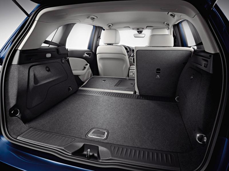 Foto Interiores19 Mercedes B Class Monovolumen 2011