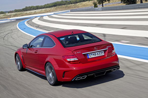Foto Trasera Mercedes C-63-amg Cupe 2012