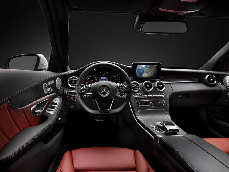 Foto Interiores Mercedes C Class Berlina 2013