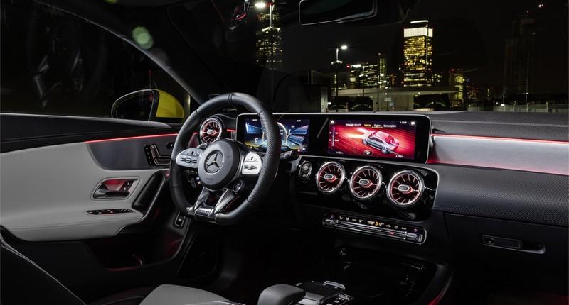 Foto Salpicadero Mercedes Cla 35 Coupe Sedan 2019