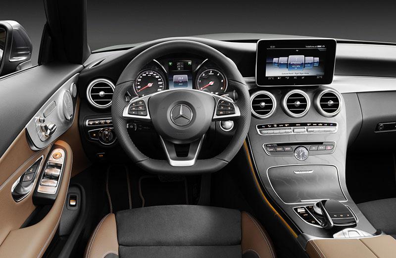 Foto Salpicadero Mercedes Clase C Cabrio Descapotable 2016