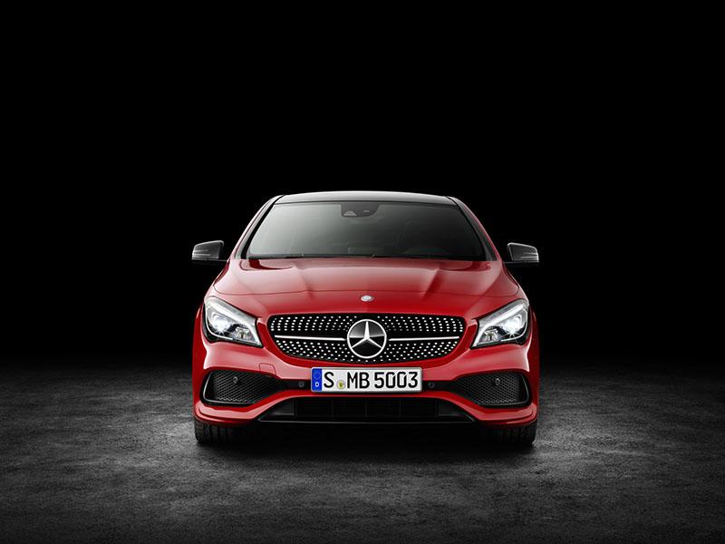 Foto Exteriores (3) Mercedes Clase-cla Sedan 2016