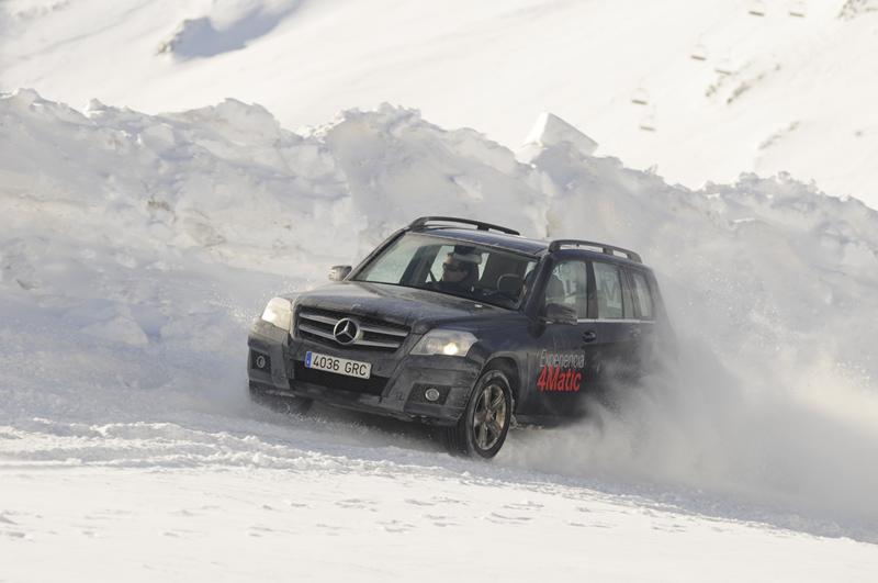 Foto E4m2011_1 Mercedes Cursos-conduccion-invierno-2010-2011