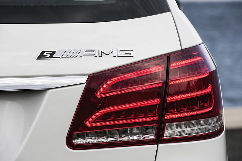 Foto Mercedes Benz E63 Amg Detalles Mercedes E 63 Amg Sedan 2013
