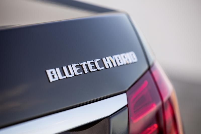 Foto Detalles Mercedes E Class Sedan 2012
