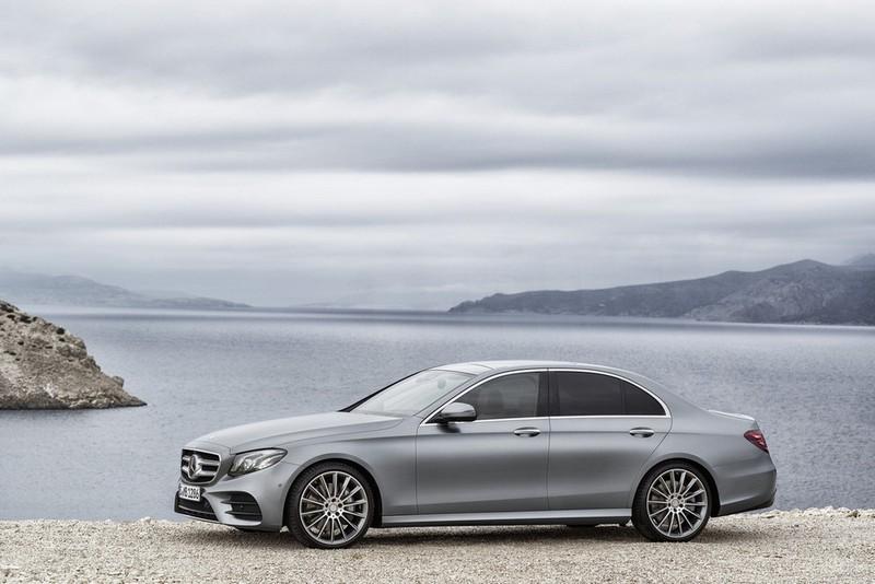 Foto Exteriores Mercedes E Class Sedan 2016