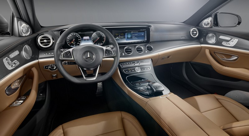 Foto Interiores Mercedes E Class Sedan 2016