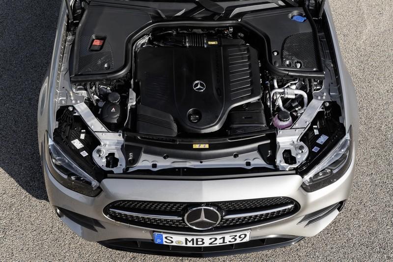 Foto Detalles Mercedes E Class Sedan 2020