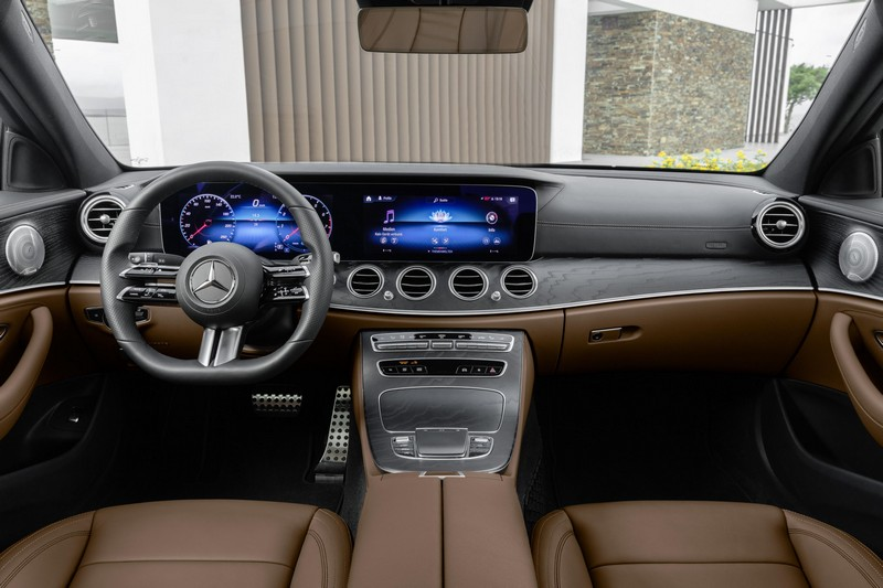 Foto Salpicadero Mercedes E Class Sedan 2020