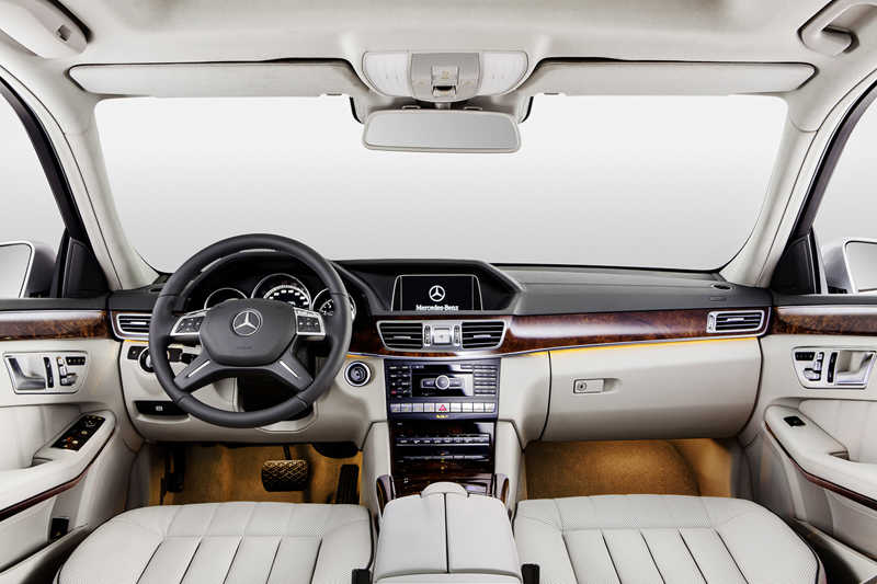 Foto Interiores Mercedes E Class Largo Sedan 2013