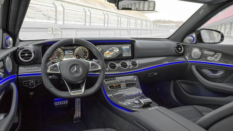 Foto Salpicadero Mercedes E63 Amg Sedan 2017