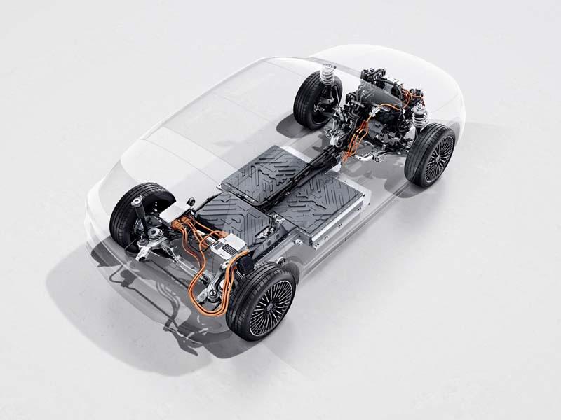Mercedes-Benz EQA, foto batería ion-litio
