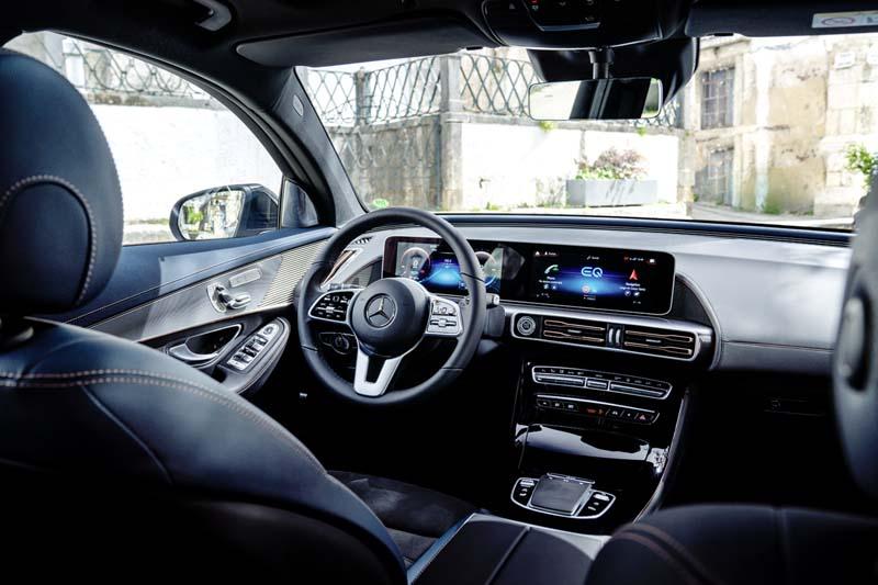 Mercedes-Benz EQC 400 4Matic, foto salpicadero