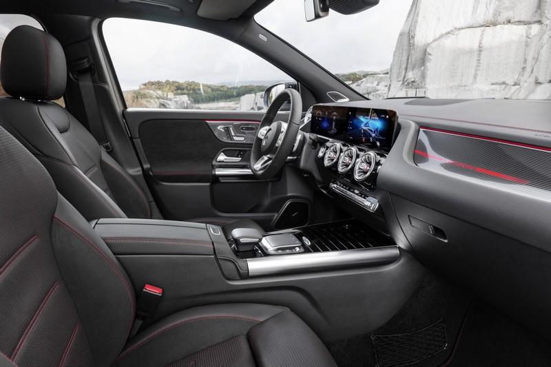 Foto Interiores Mercedes Gla Suv Todocamino 2020