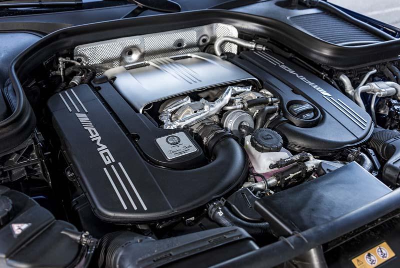 Mercedes AMG GLC 63 S 4Matic+, foto motor