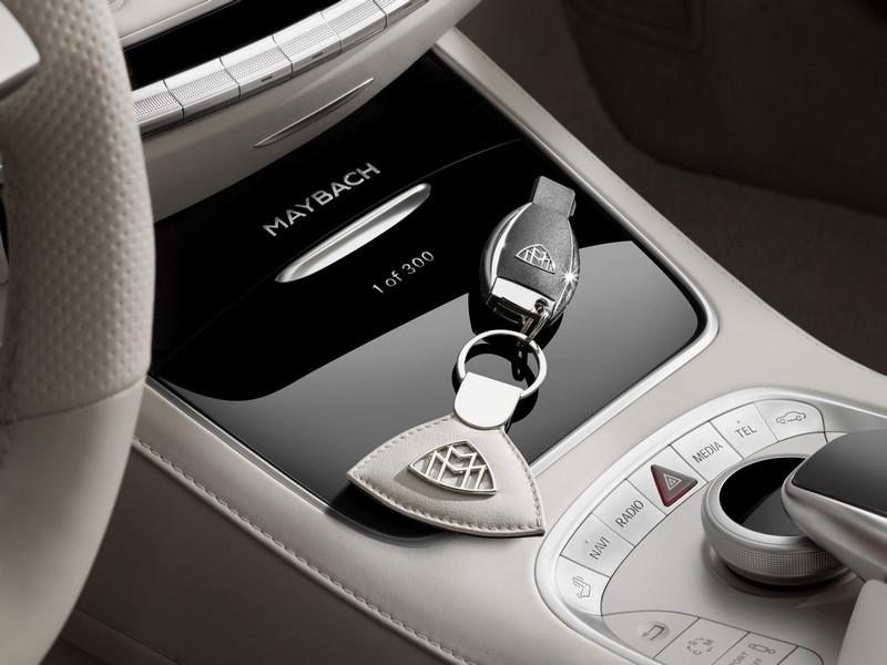 Foto Detalles Mercedes Maybach S650 Descapotable 2017