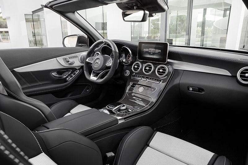Interior Mercedes-AMg C63 Cabriolet