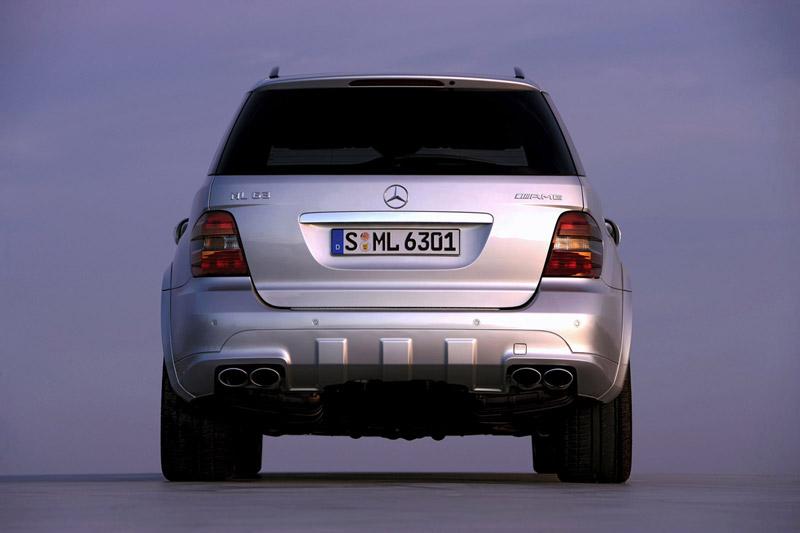 Foto Trasera Mercedes Ml 63 Amg Suv Todocamino 2007