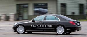 Foto Lateral Mercedes S-class-plugin-hybrid Berlina 2013