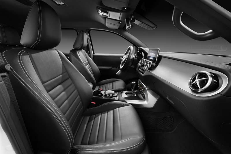Mercedes Clase X, foto interior
