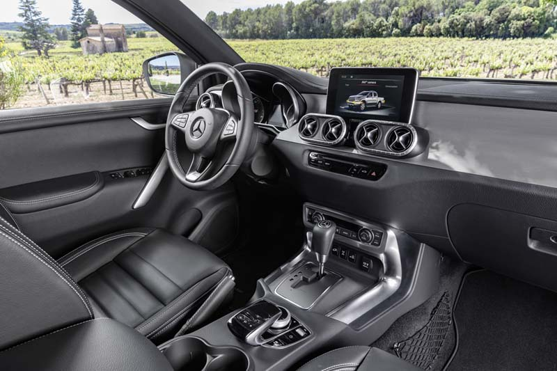 Foto Interiores Mercedes X Class Suv Todocamino 2017